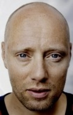 Actor, Director, Writer, Producer Aksel Hennie - filmography and biography.