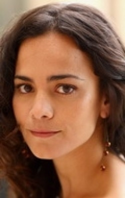 Actress Alice Braga - filmography and biography.