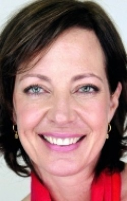 Allison Janney movies and biography.