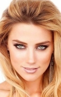Actress, Producer Amber Heard - filmography and biography.