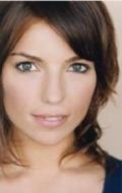 Angela Trimbur movies and biography.