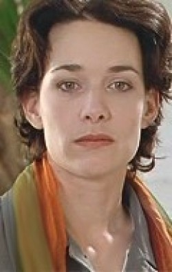 Actress Anne Coesens - filmography and biography.
