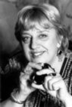 Actress, Director, Writer, Producer, Operator, Editor Anne Wheeler - filmography and biography.