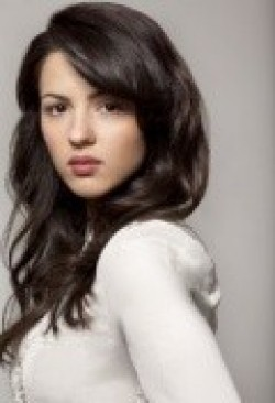 Actress Annet Mahendru - filmography and biography.