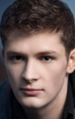 Brett Dier movies and biography.