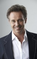 Actor, Producer Cameron Daddo - filmography and biography.