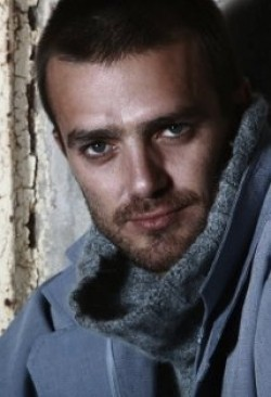 Actor Carl Beukes - filmography and biography.