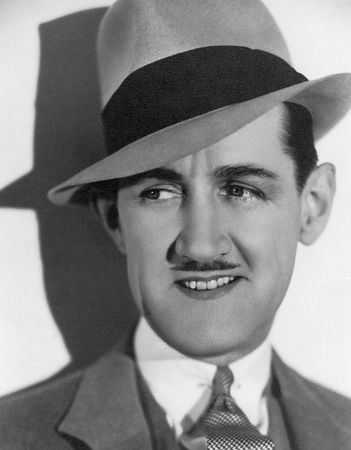 Actor, Director, Writer, Producer Charley Chase - filmography and biography.