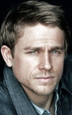 Actor Charlie Hunnam - filmography and biography.