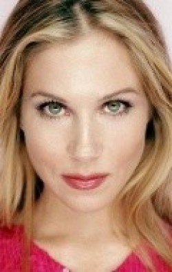Christina Applegate movies and biography.