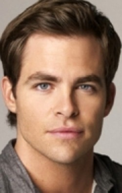 Chris Pine movies and biography.