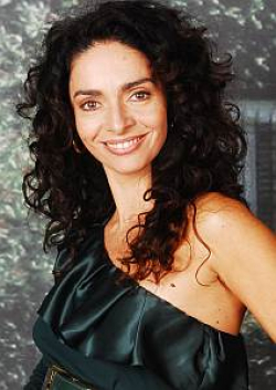 Actress Claudia Ohana - filmography and biography.