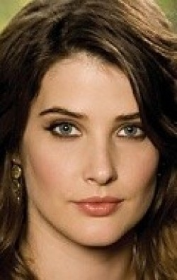 Actress Cobie Smulders - filmography and biography.