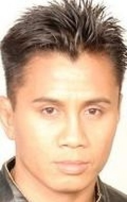 Actor, Director, Writer, Producer Cung Le - filmography and biography.