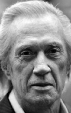 Actor, Director, Writer, Producer, Composer, Editor David Carradine - filmography and biography.