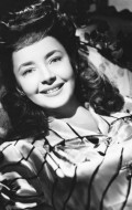Actress Dulcie Gray - filmography and biography.