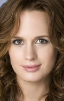 Elizabeth Reaser movies and biography.