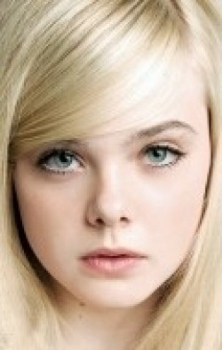 Elle Fanning movies and biography.