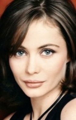 Actress Emmanuelle Beart - filmography and biography.
