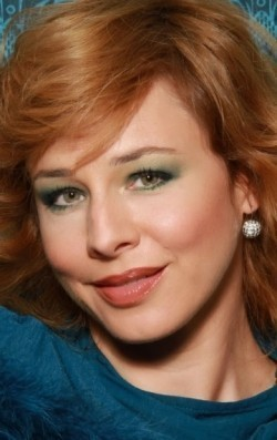 Actress Eszter Onodi - filmography and biography.