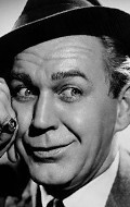 Actor Forrest Tucker - filmography and biography.