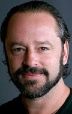 Actor, Director, Writer, Producer Gil Bellows - filmography and biography.