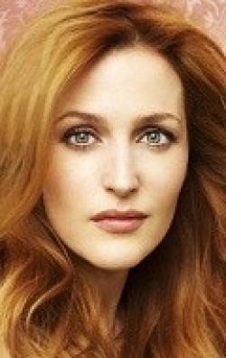 Actress, Director, Writer, Producer Gillian Anderson - filmography and biography.