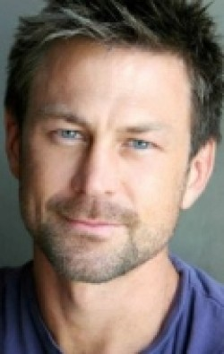 Actor Grant Bowler - filmography and biography.