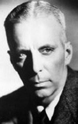 Director, Writer, Producer, Editor Howard Hawks - filmography and biography.