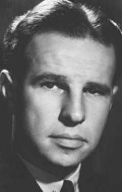 Actor, Writer, Producer Hume Cronyn - filmography and biography.