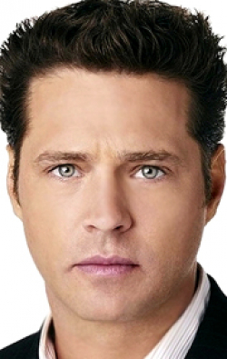 Actor, Director, Writer, Producer Jason Priestley - filmography and biography.