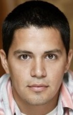Jay Hernandez movies and biography.
