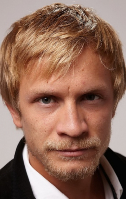 Actor, Writer Jeremie Renier - filmography and biography.
