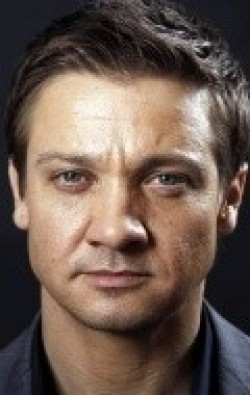 Jeremy Renner movies and biography.