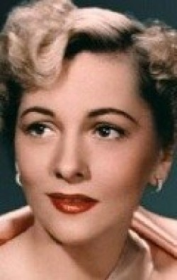 Actress, Producer Joan Fontaine - filmography and biography.