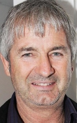 Actor, Director, Writer, Producer John Jarratt - filmography and biography.