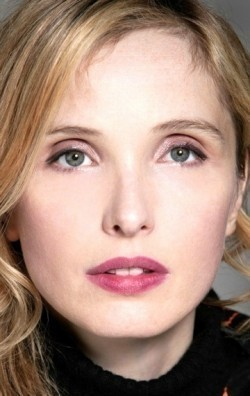 Actress, Director, Writer, Producer, Composer, Editor Julie Delpy - filmography and biography.