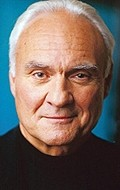 Actor Kenneth Welsh - filmography and biography.