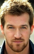 Actor Kenneth Mitchell - filmography and biography.