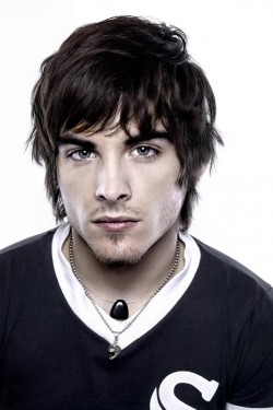Actor Kevin Zegers - filmography and biography.
