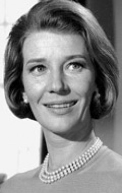 Actress Lois Maxwell - filmography and biography.