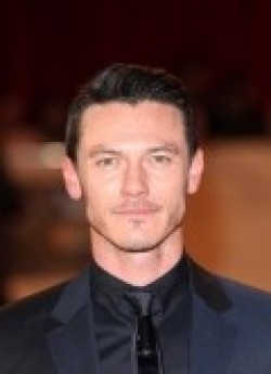 Actor Luke Evans - filmography and biography.