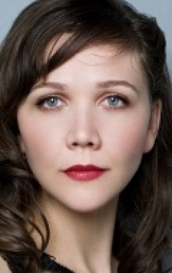 Actress, Producer Maggie Gyllenhaal - filmography and biography.