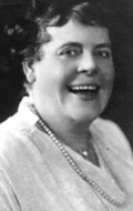 Actress, Writer, Director, Producer Marie Dressler - filmography and biography.