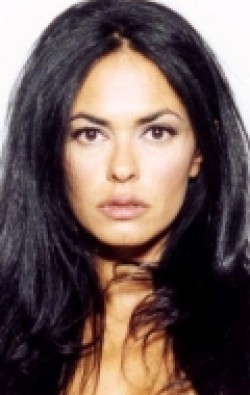 Actress, Writer, Producer Maria Grazia Cucinotta - filmography and biography.