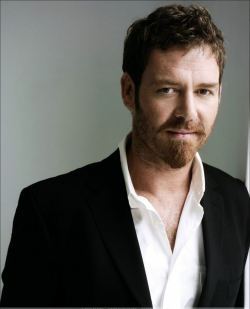 Actor Marton Csokas - filmography and biography.