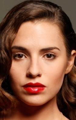 Actress Melia Kreiling - filmography and biography.