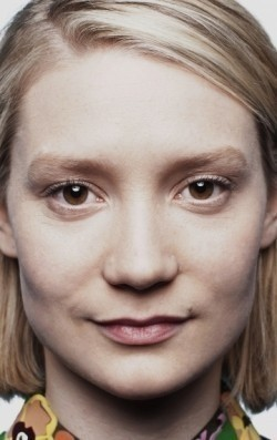 Actress, Director, Writer Mia Wasikowska - filmography and biography.