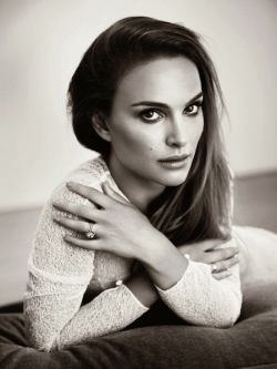 Actress, Director, Writer, Producer Natalie Portman - filmography and biography.