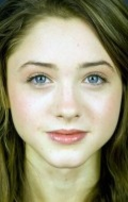 Natalia Dyer movies and biography.